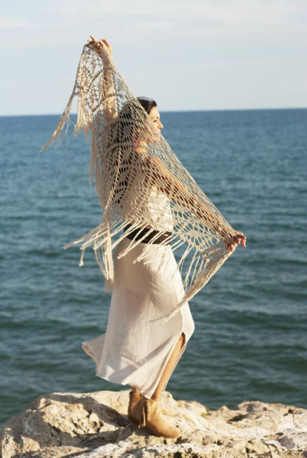 chal con flecos para la playa