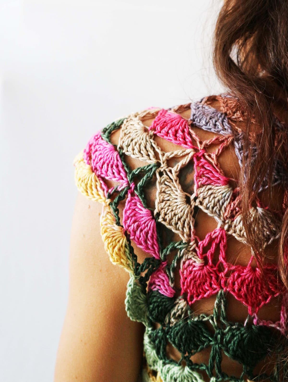top a crochet beija flor por Cecilia Losada